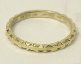 Gold geometric 14 kt stacking ring