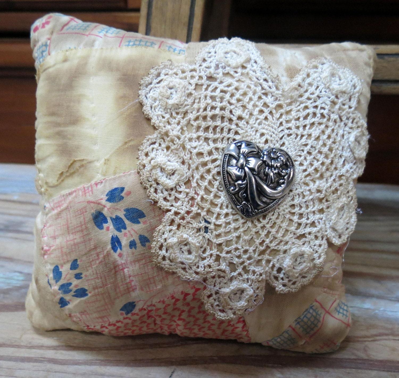 Sweet Cutter Quilt Pillow Double Wedding Ring Pattern