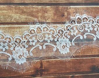 Bridal veil Chantilly Lace Trim, Off White, 3 Meters per Piece
