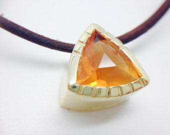 3cts Mexican Fire Opal on Solid 14kt Gold Pendant