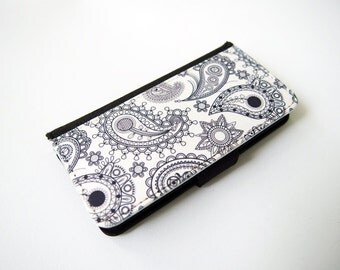 White Paisley Case for iPhone X, iPhone 8, 8 Plus, iPhone 7, iPhone 6/6s, iPhone 6 Plus, iPhone 5/5s, iPhone 4/4s, Leather Flip Case
