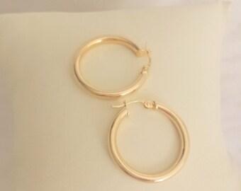 Classic Hoop Earrings in 14k Yellow Gold - EB339