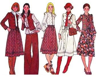 McCall's Sewing Pattern 5723 Misses' / Junior Petite unlined Jacket, Vest, Blouse, Skirt   Size:  10  Uncut