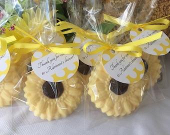 Sunflower Soap Favors - Set of 10 - Flower soap favors - Garden party soap favors - Summer soap favors