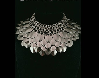 Stainless steel scalemaille bib necklace
