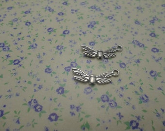 50 pcs of antique silver color metal dragonfly bead pendant charm , 21*8mm , MP390