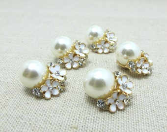 2 Pieces 3/4 Inch Gold Metal Floral Cluster Buttons with Rhinestone and Pearls|Flower Button|Sew On Button|Necklace Charm|Embellishment