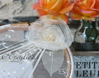 Ring pillow alliances original, Lace flower organza ivory color