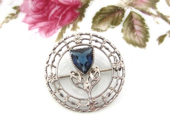 Vintage Art Deco Sterling Silver Flower Wreath Brooch With Blue Stone
