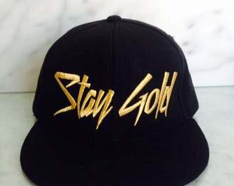 GOLD EMBROIDERY Stay Gold snapback hat