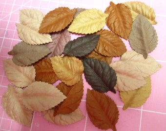 lot of paper leaves, 25pezzi