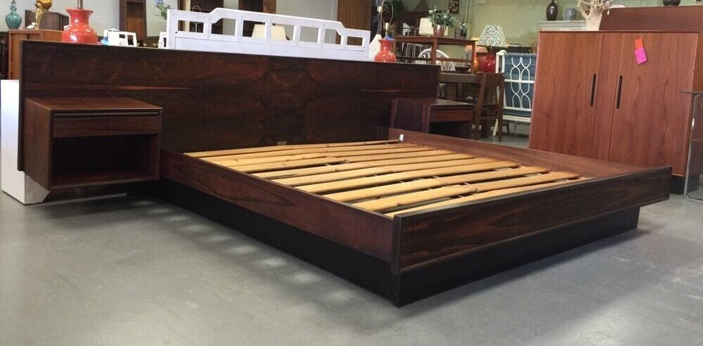 Danish modern king rosewood platform bed w floating for Bed with floating nightstands