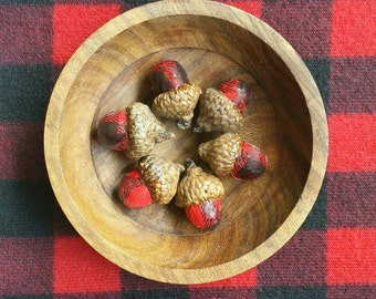 Buffalo Check Red- Decorative Woodland Acorns {HOME DECOR}