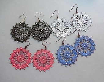 4 colors Black white pink blue patina filigree circle round metal Boho earrings 40 mm - Boho metal jewelry