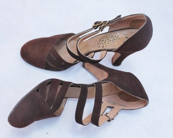 Chocolate Brown Suede Deco Heels Rahalls Peacock Shoes 1940's
