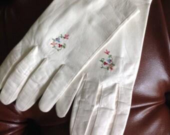 Kidd skin gloves