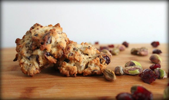 Cranberry-Pistachio Oatmeal-Quinoa Cookies by PGEWsKitchen on Etsy