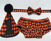 Boy Cake Smash Outfit, Halloween Bow Tie and Diaper Cover Set, Milestones Photo Shoot, Boy 1st Birthday Outfit, Orange and Black Argyle