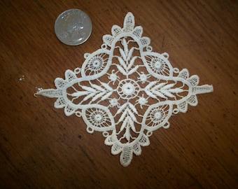 1-1910s antique lace applique