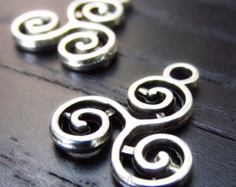 Celtic Knot Triskelion Charms - 20/50/100 Wholesale Triskele Silver Plated Jewelry Pendants C6133