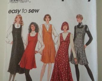 90s jumper / dress / v neck / maxi dress / long / teacher dress / 1994 sewing pattern, Sizes 6 8 10 12, Bust 30 31 32 34, Simplicity 9156
