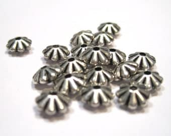 Acrylic Corrugated Daisy Spacers - Antique Silver - Pack 50