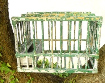 Old small cage wooden shabby chic - Cage thrush French vintage painted green and white - garden Decoration, country house