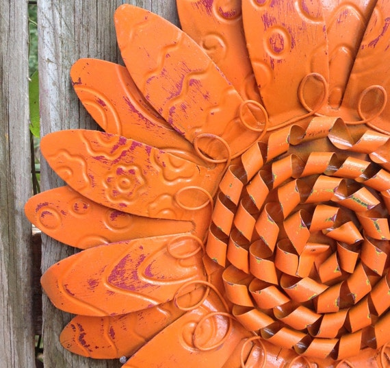 wall fence metal flower 12 orange metal yard art. Black Bedroom Furniture Sets. Home Design Ideas