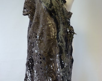 NEW SEASON:Beautiful felted shawl. Only one sample. Boho style.