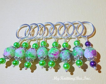 Large Multicolor Snag Free Stitch Markers (Set of 8) With Lead Marker         (Model 0026)