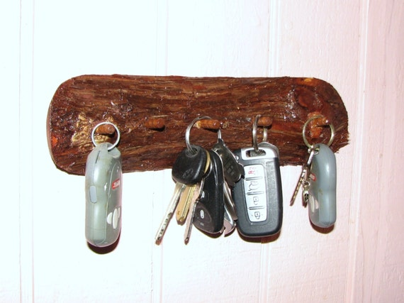 Wall Mounted Key Chain Holder 5 Peg Key Rack Natural Red