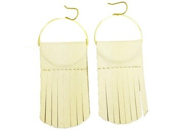 Squid earrings in White leather-Italian leather-Brass-Gold plated-Fringe-Fall styles 2015-Feather light-Boho-Geometric-Responsibly made