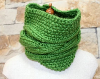 Oversized Chunky Cable Cowl - Emerald Green, Hand Knitted