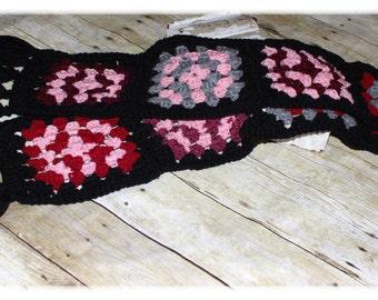 Granny Square Scarf / Retro / Vintage / Boho / Crochet (A29)