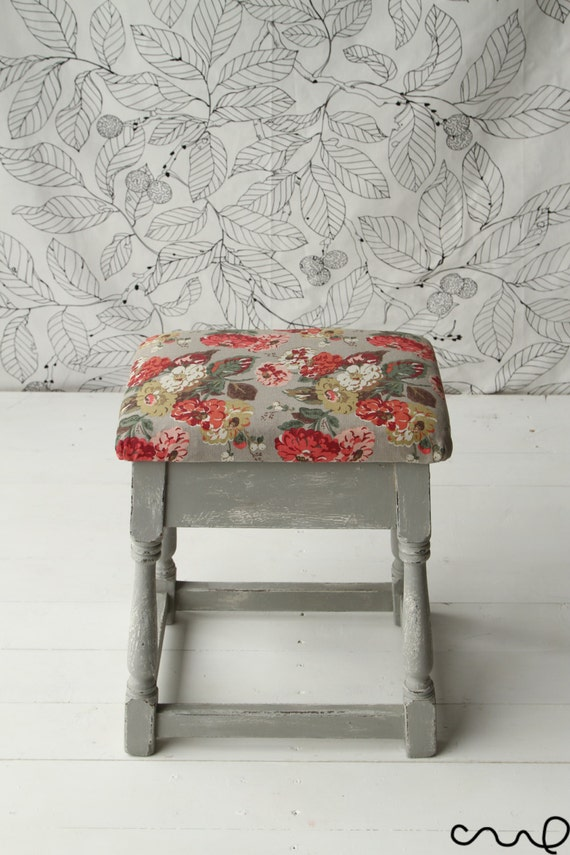shabby chic stool grey white distressed annie sloan cath. Black Bedroom Furniture Sets. Home Design Ideas