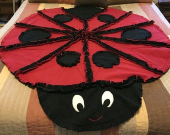 Lady Bug fleece quilt