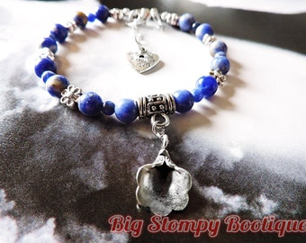 Calla Lilly and Flowers with Sodalite Silver Plated Nickel and Lead Free Gemstone Bracelet