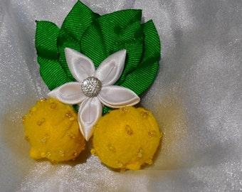 Lemons with kanzashi flower hairclip/brooch