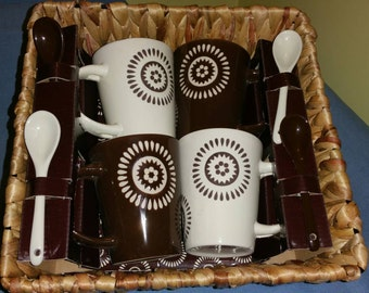 Great Housewarming Gift or Wedding Shower. Coffee Time