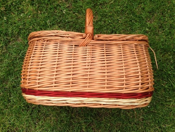 Picnic Baskets For 4 Ireland : Irish willow picnic basket with lid handmade by me strong