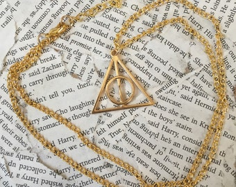 Deathly Hallows Necklace (Gold)