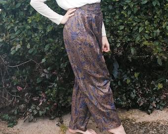 Vintage Paisley Trousers / Harem Pants / Patterned Trousers / 1970's / 1980's