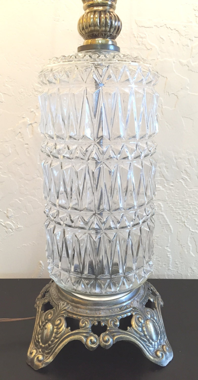 Mid Century Vintage Clear Cut Pressed Glass Table Lamp