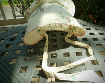 Vintage child's sun bonnet