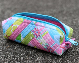 Pink and Blue Quilted Zipper Case, Pencil Bag, Pen pouch, Makeup bag, Organizer, Essential Oils Case, Small Duffel