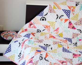 Child Quilt / Lap Quilt / Kid Quilt  / Throw Quilt / Modern Quilt / Patchwork Blanket /Flying Geese Quilt /Patchwork Quilt