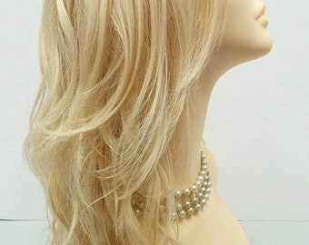 Long 18 inch 613 Blonde Wavy Fashion Wig with Premium Heat Resistant Fiber. [30-174-Monday-613]