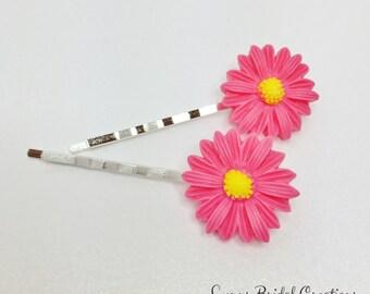 Fuchsia Pink Hair Pins Pink Wedding Accessory Bridesmaid Gift Flower Girl Dark Pink Flower Bobby Pin Daisy Flower Wedding Hair Pin