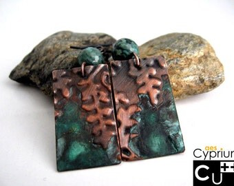 Handmade copper earrings with green patina embossed ferns agate beads