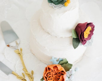 handmade wool felt flower + succulent cake topper // wedding // birthday // anniversary // party